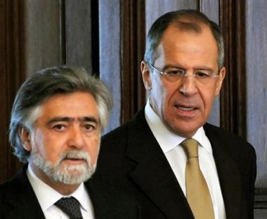 لافروف : يجب الالتزام بمبدأ عدم استخدام القوة في حل النزاعات