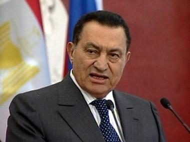 مبارك يؤكد توجيه دعوة لنتنياهو وأمين عام وزرائه فقط