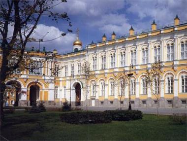 قصر الكرملين الكبير . الواجهة الغربية