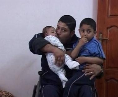 قصة فلسطيني يخرج من ثلاجة الموتى ويواصل الحياة