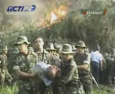 اكثر من 90 شخصا ضحايا سقوط طائرة في جزيرة جاوة