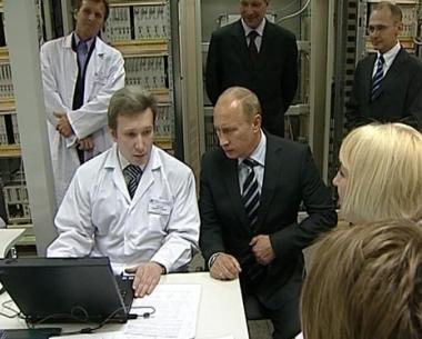 بوتين يقوم بجولة تفقدية في معهد للأبحاث العلمية للأتمتة