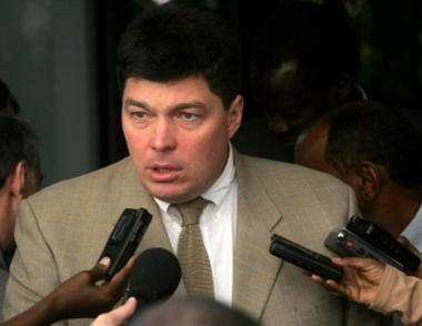 مارغيلوف يدعو المجتمع الدولي إلى الضغط على السودان وتشاد