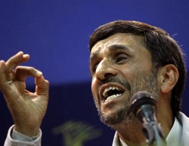 نجاد: الامة الايرانية لن تقبل بسيطرة القوى الظالمة