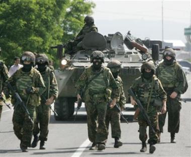 مدفيديف يدعو إلى توحيد الجهود لإستئصال الإرهاب في شمال القوقاز