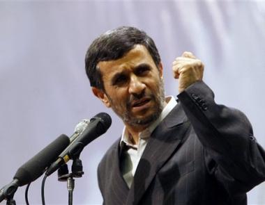 نجاد ينتقد أوباما والسلطات الإيرانية تقرر إنشاء لجنة خاصة بمراجعة نتائج الإنتخابات الرئاسية