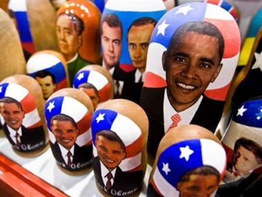 اوباما يدعو روسيا للكف عن استعمال طرق الحرب الباردة في التعامل مع واشنطن