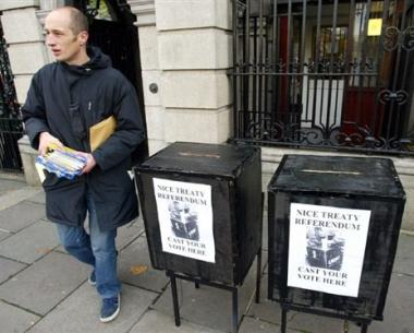 إيرلندا تعلن إجراء استفتاء ثان حول معاهدة لشبونة