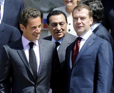 روسيا وفرنسا تنويان توسيع الإتصالات في العام المقبل