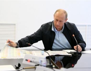 بوتين يدعو إلى ضرورة تعزيز التنسيق بين أجهزة أمن الدول الأعضاء في رابطة الدول المستقلة