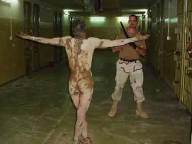 مايكل جاكسون في سجون جنوب العراق !
