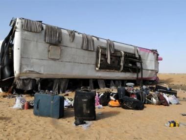 مصرع  12 شخصا في حادث مروري بمصر
