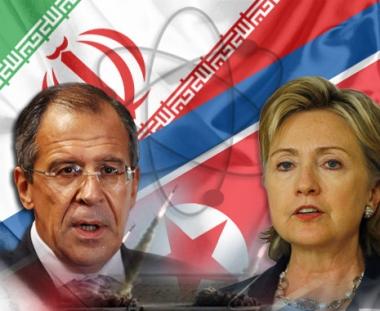كلينتون ولافروف يدعوان طهران إلى الإسراع في الاستجابة للمقترحات الدولية بشأن ملفها النووي