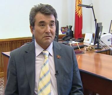 الحزب القرغيزي الحاكم يدعم باقييف لولاية رئاسية ثانية