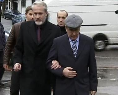 اعتراف قائد الجماعات الانفصالية بالسلطة الشيشانية