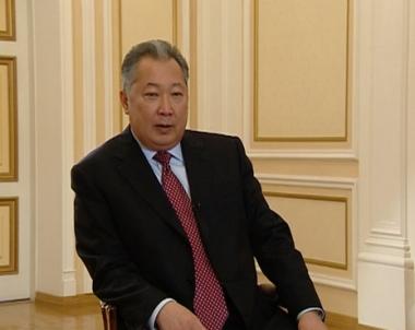 كورمان بيك باقييف يفوز في الانتخابات الرئاسية في قرغيزيا