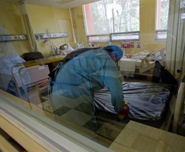 وفاة أول مواطن في لبنان والثاني في السعودية بانفلونزا الخنازير