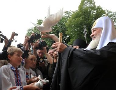 بطريرك موسكو وعموم روسيا يدعو الأوكرانيين الى التغلب على الانقسامات