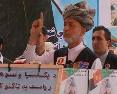 كرزاي يدعو طالبان إلى المشاركة في الإنتخابات الرئاسية القادمة