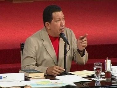تشافيز يحذر من اقامة قواعد عسكرية امريكية في كولومبيا
