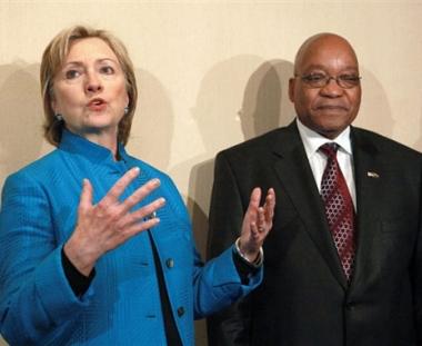 كلينتون تبحث مع زوما تطوير العلاقات الاستراتيجية بين البلدين
