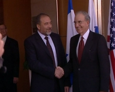 قنصل إسرائيل في بوسطن ينتقد سياسة بلاده الخارجية