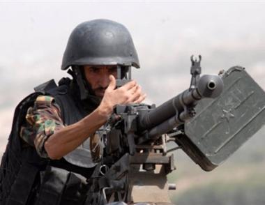 مصادر عسكرية يمنية: الجيش اليمني يحكم السيطرة على معاقل الحوثيين