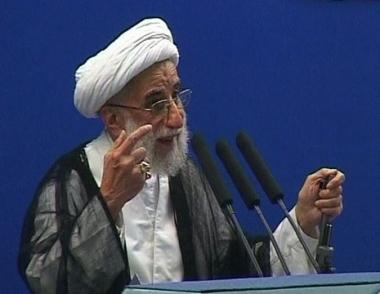 إيران.. تجديد الدعوات لمحاكمة موسوي وكروبي