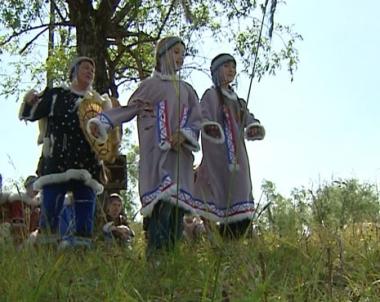 مخيمات وإحتفالات لإحياء ثقافة الأجداد في ماغادان الروسية
