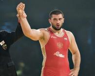 بلال ماخوف بطل العالم بالمصارعة الحرة (وزن 120 كيلو)