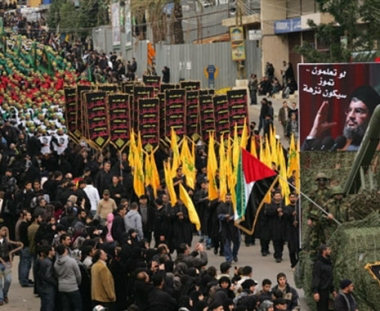 السياسة: حزب الله يمتلك اسلحة بيولوجية وكيمياوية تهدد المنطقة