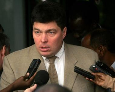 السلطات الكندية ترفض منح تاشيرة دخول لسناتور روسي