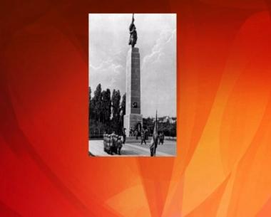 روسيا تحتج على تشويه نصب الجندي السوفيتي في بوخارست