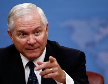 غيتس: تخلي واشنطن عن نشر الدرع الصاروخية لايعتبر تنازلا لموسكو