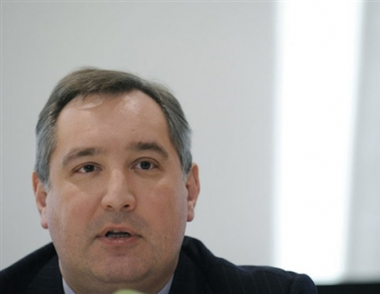 روغوزين: روسيا قد تتعامل مع الناتو بشأن اقامة منظومة درع صاروخية موحدة