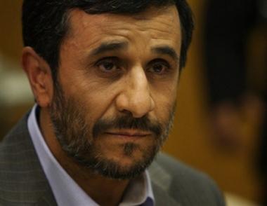 احمدي نجاد: وسائل الإعلام الغربية تنتهج سياسة ترسيخ الاكاذيب حول ايران