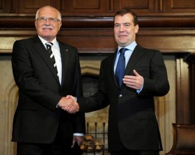 مدفيديف: من الضروري استحداث ساحة جديدة لمعالجة قضايا الامن الاوروبي
