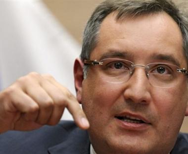 روسيا والناتو يبدآن في بروكسل مشاورات منتظمة خاصة بافغانستان
