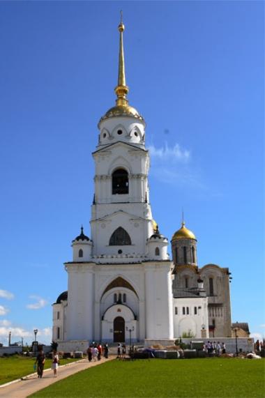 برج الاجراس في كاتدرائية صعود العذراء