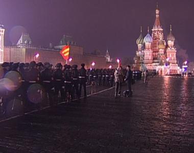 تدريبات على عرض عسكري في موسكو في السابع من نوفمبر