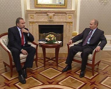 بوتين يعد بزيارة اسرائيل عام 2010