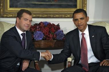 الكرملين: مدفيديف  واوباما اتفقا على اعطاء المحادثات حول معاهدة الحد من الاسلحة الاستراتيجية الهجومية زخما اضافيا