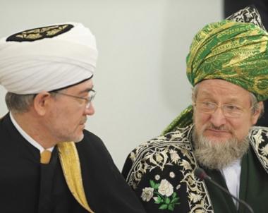 المنظمات الاسلامية الروسية تجري مباحثات بشأن استحداث ادارة موحدة لمسلمي روسيا