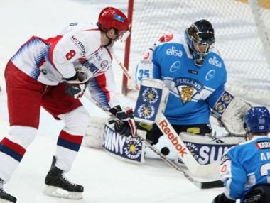 فنلندا تحقق أول فوز لها على روسيا بالهوكي في الموسم الحالي