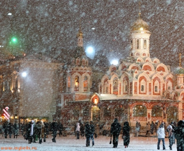 تساقط كثيف للثلوج خلال الأيام الثلاثة الاخيرة في موسكو