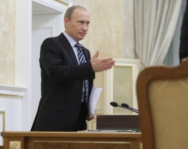 بوتين: الطلبيات الدفاعية الروسية سترتفع عام 2010  بـ8 % لتبلغ زهاء 38 مليار  دولار