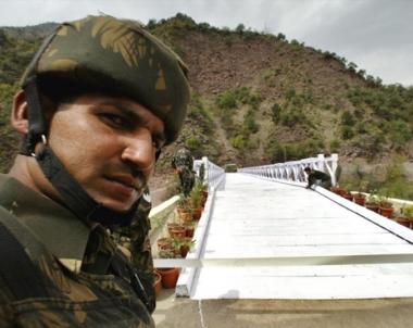 الهند مستعدة لاستئناف الحوار مع باكستان شريطة ان تظهر اسلام اباد حسن النوايا