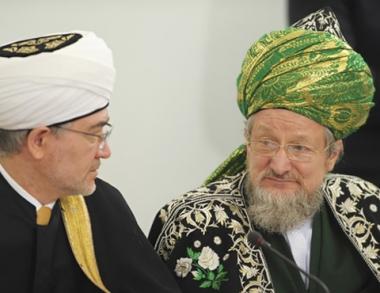 اكبر المنظمات الاسلامية الروسية تعتزم توحيد صفوفها