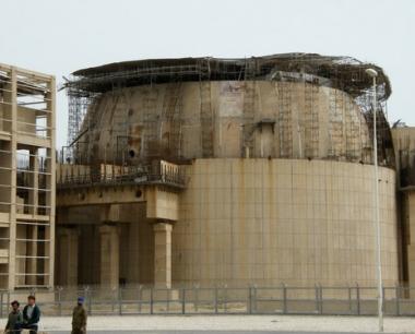 العراق قلق من نية إيران بناء مفاعل نووي قرب حدوده