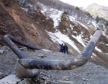 اندلاع حريق كبير في خط أنابيب الغاز في داغستان بعد تفجيره